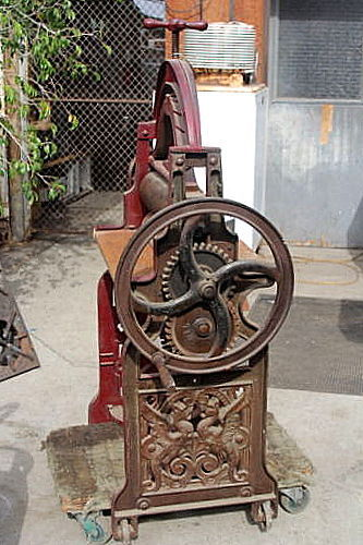 cast iron laundry press